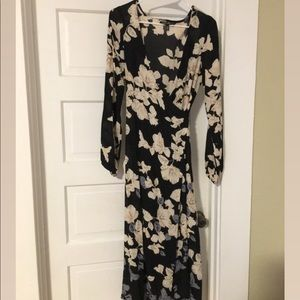 Wrap dress billabong floral